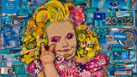 ht Honey Boo Boo trash portrait nt 121120 wblog Artist Creates Honey Boo Boo Portrait Completely Out Of Trash