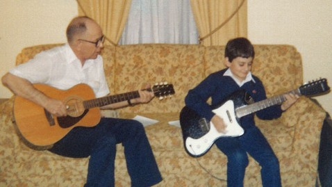 ht brad paisely grandfather tk 111001 wblog Hanging out With Country Star Brad Paisley Behind the Scenes