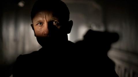 ht daniel craig james bond skyfall lpl 121016 wblog Daniel Craig Was Bewildered Over James Bond Offer