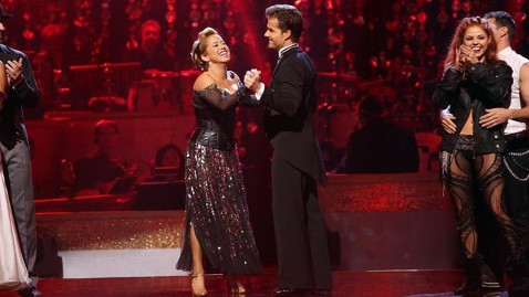ht dwts sabrina dm 121008 wblog Louis Van Amstels Dancing With the Stars: All Stars Week 3 Dish