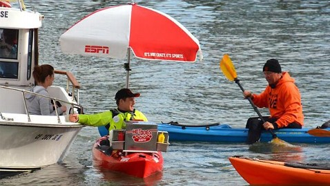 ht espn hot dog kayak ll 130508 wblog San Francisco Giants Fans Get Hot Dog Treats Via Kayak