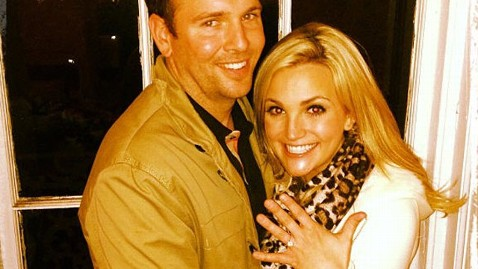 ht jamie lynn spears engagement couple jt 130303 wblog Jamie Lynn Spears Engaged to Jamie Watson