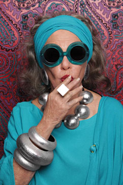 ht karen walker eyewear ll 130208 vblog Seniors the Focus of New Fashion Campaign