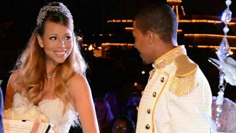 ht mariah carey kb 130501 wblog Mariah Carey, Nick Cannon Renew Vows in Disneyland