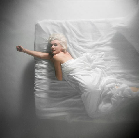 ht marilyn monroe 4 carbon nt 121121 Photographing Marilyn: Lovemaking With the Lens
