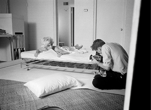 ht marilyn monroe 7 nt 121121 Photographing Marilyn: Lovemaking With the Lens