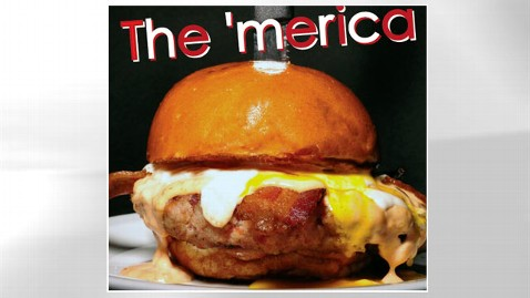 ht merica burger jef 120706 wblog California Restaurant Offers 100 Percent Bacon Burger