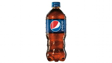ht new pepsi bottle kb 130322 wblog Pepsi Bottles Get a Makeover After 17 Years