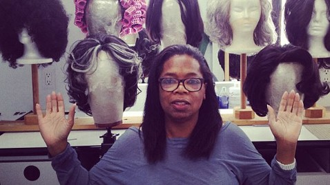ht oprah wigs no  makeup tk 120802 wblog Oprah Goes All Natural on Twitter, O Cover