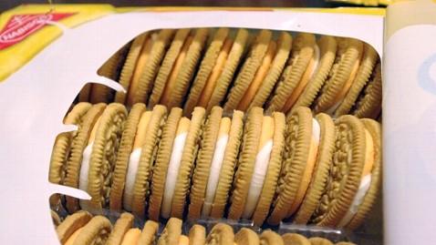 ht oreo creamsicle cookie jp 120510 wblog Taste Test: Creamsicle and Birthday Cake Oreos