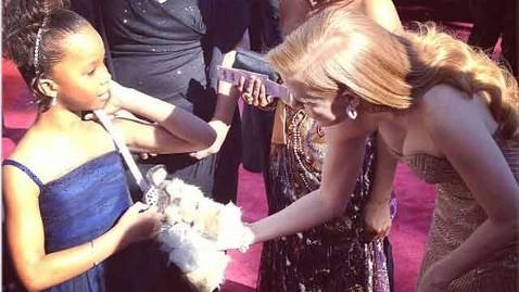ht quvenzhane chastain kb 130224 wblog Oscars 2013: Academy Awards Live Updates