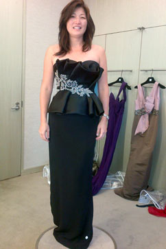 ht runnerup black bejeweled marcasa nt 111011 vblog Choosing a Dress for the White House State Dinner