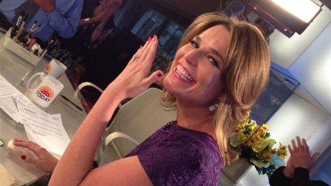 ht savannah guthrie ll 130513 wblog Savannah Guthrie Gets Engaged, Flashes Ring