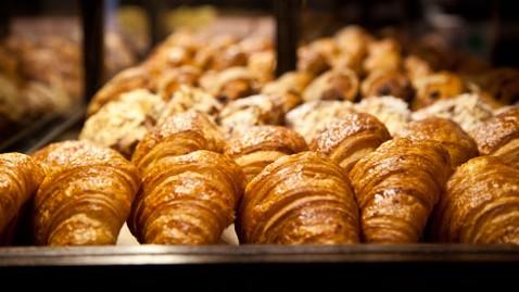 ht starbucks boulange treats nt 121008 wblog Starbucks Unveils New Menu Items in Calif. Stores