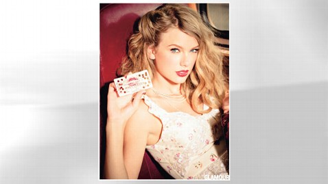 ht taylor swift 01 jef 120928 wblog Taylor Swift, All Glammed Up: Behind the Scenes at Singers Glamour Shoot