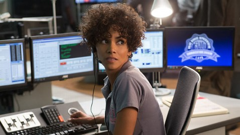 ht the call halle berry lpl 130314 wblog The Call Is Guilty Pleasure: Movie Review