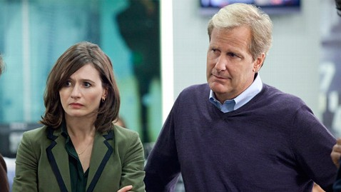 ht the newsroom emily mortimer jeff daniels ll 120621 wblog Fact Check: Aaron Sorkins Newsroom Is Nothing Like a Real Newsroom