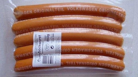 ht vw currywurst hot dog thg 120626 wblog Edible Product You Never Knew Volkswagen Made