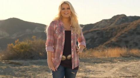 jessica simpson weight watchers ad 2012 thg 121219 wblog Jessica Simpson Shows Off 50 Pound Weight Loss