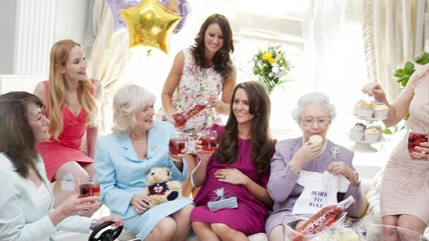 Kate Middleton S Lookalike S Baby Shower Abc News