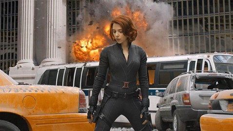 rex scarlett johansson black widow the avengers ll 120417 wblog Scarlett Johansson Shredded Her Avengers Costume, Chris Hemsworth Wore a Little Air Conditioning Unit for Thor
