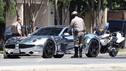 x17 justin bieber car nt 120706 wblog Justin Bieber 911 Call:  Police Were Not Nice About Speeding Ticket Stop