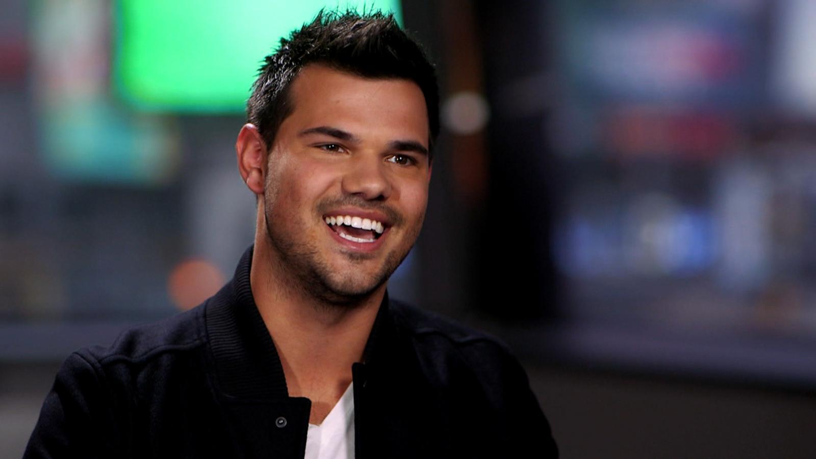 Taylor Lautner Videos ...