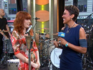 "VIDEO: Florence and the Machine lead singer explains recent health issue on ""GMA."""
