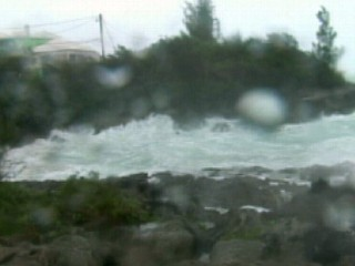 VIDEO: Igor Slams Bermuda