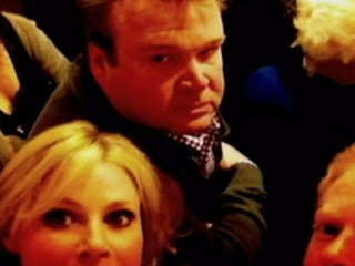 VIDEO: Julie Bowen, Jesse Tyler Ferguson and Eric Stonestreet were stuck in elevator for nearly an hour.