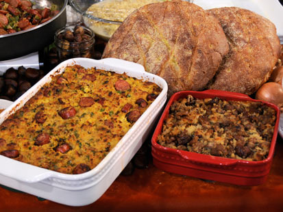 Emeril's Creole Cornbread Stuffing