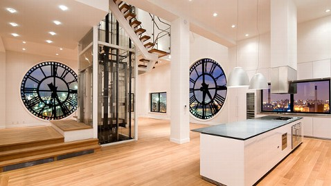 ht clock tower kitchen living nt 110914 wblog 7 House Hunting Tips From NYCs Hottest Real Estate Trio