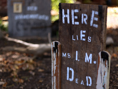 Haunted House Tips Diy Haunted House Tombstones