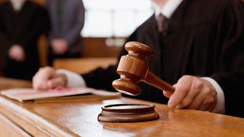 150 ezer forint bírságot kapott egy zsidóvicc miatt