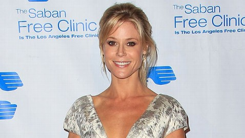 gty julie bowen jef 121204 wblog Julie Bowen: My Son Almost Died From an Allergic Reaction