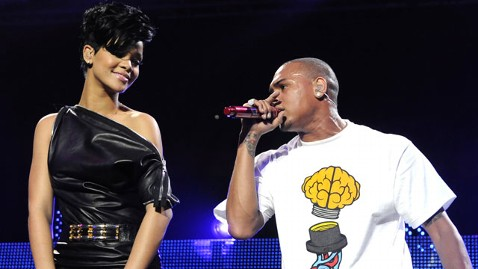 gty rihanna chris brown nt 120222 wblog Rihanna, Chris Brown Collaboration Sparks Outrage