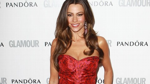 gty sofia vergara kb 120619 wblog Modern Family Star Sofia Vergaras Message to Aimee Copeland