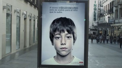 ht child abuse ad kb 130507 wblog Child Abuse Ad Shows Hidden Message for Children