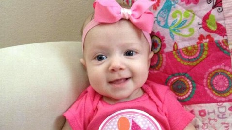 ht paisley mae arnold jef 130226 wblog Firefighters Rally for Baby With Heart Defect