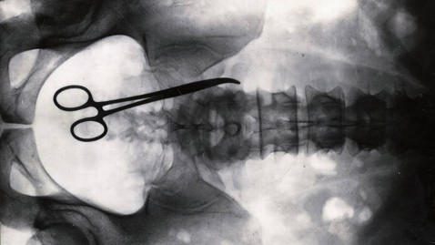 ht scissors xray ll 121220 wblog Surgeons Still Make Preventable Mistakes