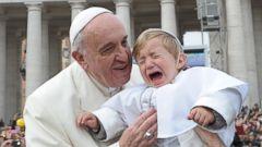 AP pope ml 140026 16x9t 240 Instant Index: Pope Francis Kisses Mini Me