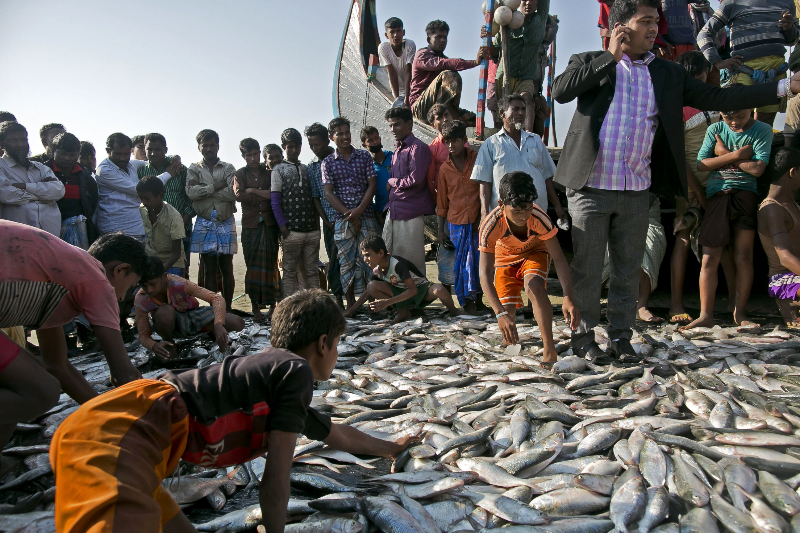 fish camp muslim Muslims around the world will gather on tuesday to celebrate eid al-adha, one of the most important festivals in the islamic calendar  fish and chips pizza  specially brought in to the .