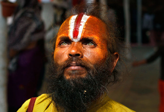 ap Hindu holy Man dm 130219 blog Today in Pictures: Maha Kumbh Festival in India, Dancers in Taiwan, Track Cycling World Championship