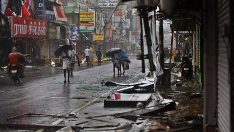 ap India Cyclone nt 111230 wblog Today in Pictures: Dec. 30, 2011