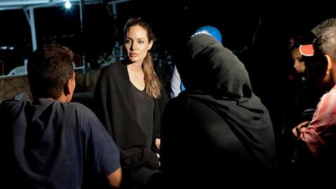 ap angelina jolie ll 120911 wblog Angelina Jolie Visits Syrian Refugee Camp
