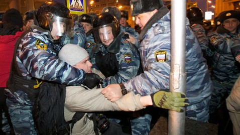 ap russian putin protests wy 120305 wblog Hundreds Arrested in Anti Putin Protests