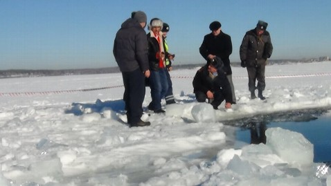 epa russia meteor Chebarkul lake jt 130217 wblog Russian Meteor: Close Encounters and Plans to Prevent Impacts