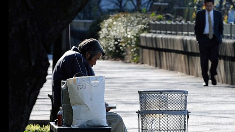 gty japan economy religion jp 120223 wblog Lonely Starvation Deaths Prompt Soul Searching in Japan