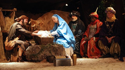 gty nativity scene jt 111211 wblog Nativity Scene Is a Superstition, Says Atheist Group, But Santa Can Stay