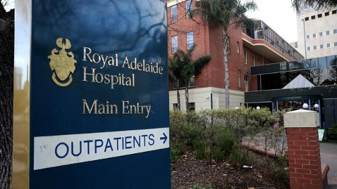 gty royal adelaide hospital jef 130201 wblog Teenager Arrested for Impersonating Doctor